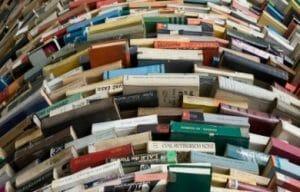 books-pano_25190