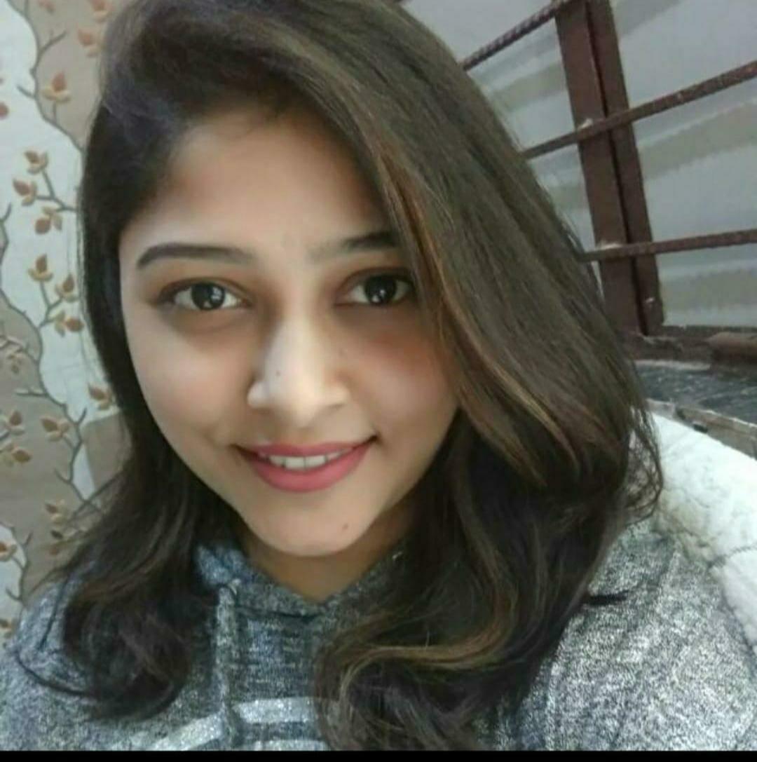 Dr Neha Singhal